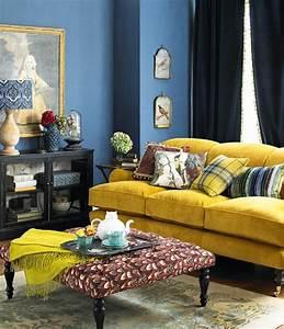 1001 idees creer une deco en bleu et jaune conviviale With tapis jaune avec canapé en plusieurs morceaux