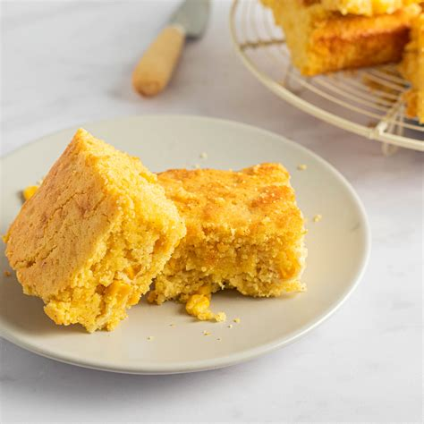 3 tablespoons butter, 1 cup chopped onion, 1/2 cup chopped celery, 1 1/2 cups diced peeled cored granny smith or golden delicious apples, 2 teaspoons chopped fresh sage, 1/2 teaspoon coarse kosher salt, 1/2 teaspoon freshly ground black pepper. Cornbread Made With Corn Grits Recipes - The Best Gluten ...