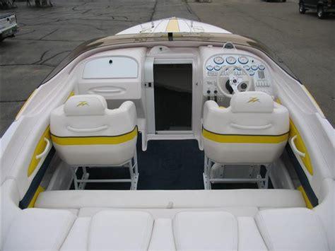 Donzi Boat Windshield by 28zx Windshield Windscreen Offshoreonly