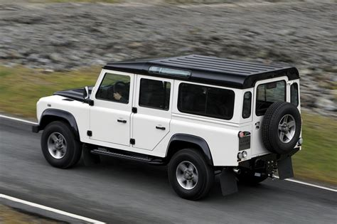 land rover 2010 2010 land rover defender 110 pictures information and