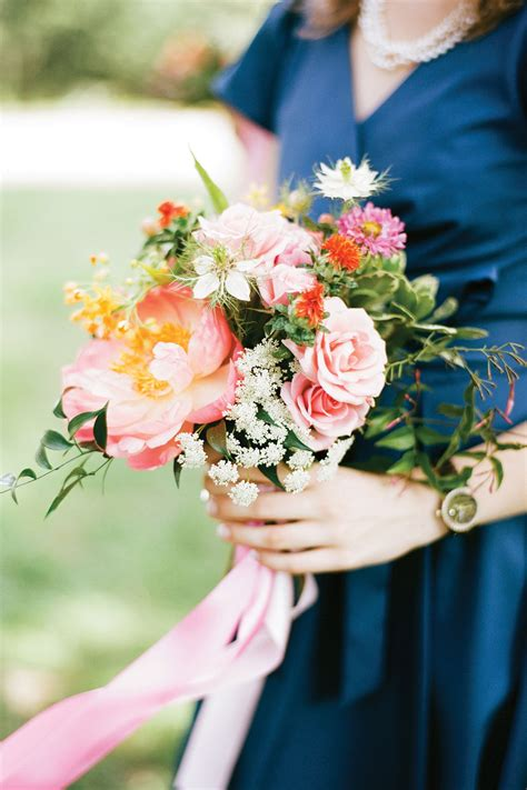 wedding flowers bridesmaid bouquets