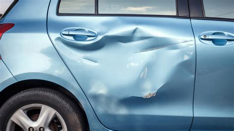 10 Car Scratch Remover & Repair Tips