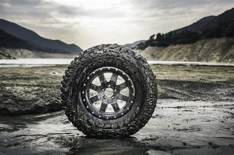 BFGoodrich Launches KM3 Mud Tire :: BFGoodrich North ...
