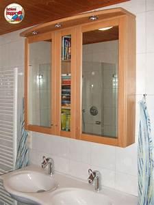 Spiegelschrank Badezimmer Holz : spiegelschrank f r das badezimmer aus buche massivherzlich willkommen bei der tischlerei hoppe ~ Markanthonyermac.com Haus und Dekorationen