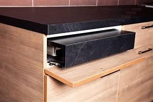 Accessoire Plan De Travail : ferrure pour plan de travail amovible accessoires cuisines ~ Melissatoandfro.com Idées de Décoration