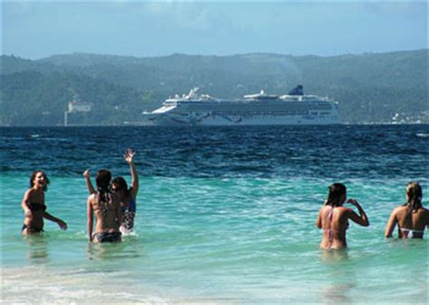 cruises samana dominican republic samana cruise ship arrivals