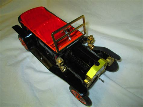 Battery Operated Automobiles by Fantastic 1950 S Japan Running Car Reverses Forward Lights