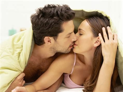 Best foods to increase the libido or sex drive in men , women