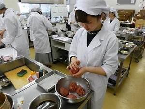ハンバーグ!! - NEWS - 生活科学学科 食物栄養専攻 - 学科・専攻紹介 - 仁愛女子短期大学