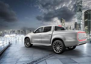 Pick Up Mercedes Amg : would you buy this amg tuned x class pickup truck drive safe and fast ~ Melissatoandfro.com Idées de Décoration