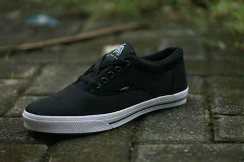 jual beli sepatu vans hitam polos baru jual beli sepatu