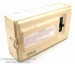 Henley Metal Cased 6 Way Fusebox
