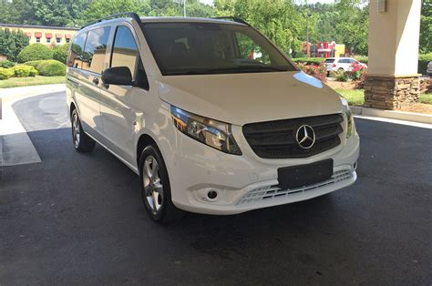 mercedes minivan 2017 mercedes benz metris first drive review shuttle