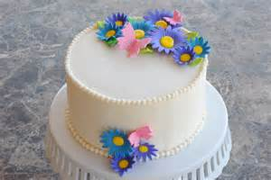Simple Birthday Cake Favorite Cake Place Simple Cake Decorating For A Birthday Cake Of Your Loved Ones