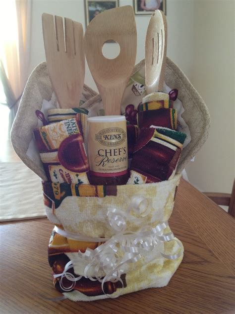kitchen gift ideas 125 best images about gift baskets on betty