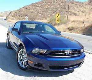 Ford Mustang 4.0 V6 Fastback Mk V specs, performance data - FastestLaps.com