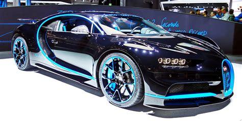 Bugatti chiron engine technical data. Heren van Top Gear racen met de Bugatti Chiron tegen een Ducati 1299 Superleggera - FHM