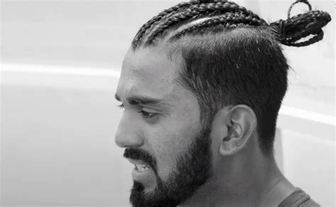 """VIDEO: KL Rahul's parents will not """"approve this hairstyle ..."""