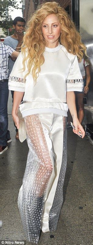 lady gaga fan mail email address welcome to nikkynaz blog lady gaga what are you wearing