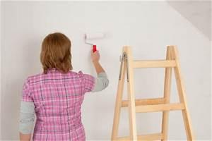 Wandfarbe Gegen Feuchtigkeit : wandfarbe gegen schimmel so k nnen sie schimmel entgegenwirken ~ Sanjose-hotels-ca.com Haus und Dekorationen