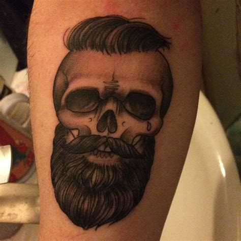 tatouage tete de mort tatouage t 234 te de mort tatoo
