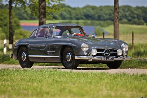 Helping you sell your mercedes 230 sl will be our priority. MERCEDES 300 SL Gullwing for sale