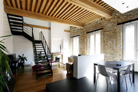 bureau lyon 2 architecture et rénovation d 39 un appartement avec escalier