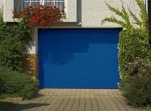 Porte de garage enroulable aluminium 240 x 200 bleu 5010 for Porte de garage enroulable de plus porte bois