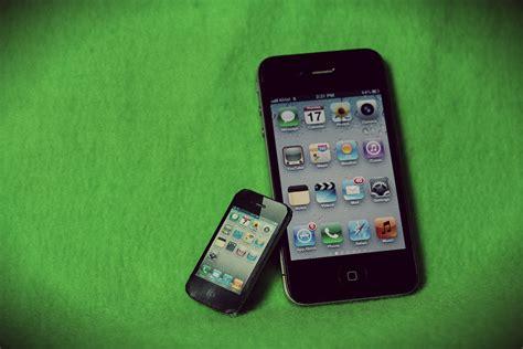 tiny iphone tiny iphone 4 papercraft by suraj281191 on deviantart