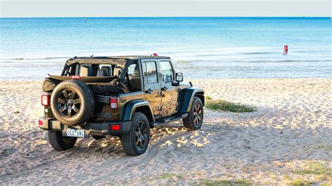 jeep wrangler beach 2014 jeep wrangler blackhawk review surf coast weekender