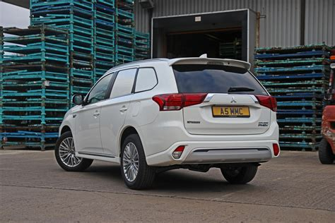 Mitsubishi Commercial by Mitsubishi Launches Outlander In Hybrid Commercial