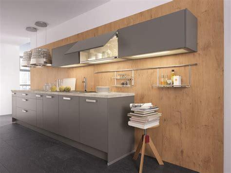 cuisine beige et gris cuisine en gris inspiration dco cuisine fushia gris