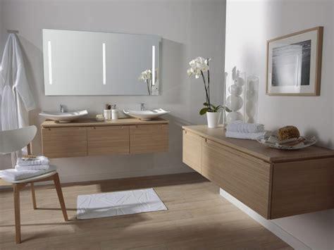 parquet blanc salle de bain parquet salle de bains stratifi 233 en 24 photos inspirantes