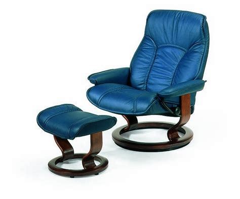 Gouverneur Ottoman by Ekornes Stressless Senator Governor Recliner With