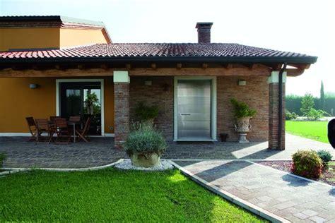 Idee Per Arredare Ingresso Di Casa - l ingresso di casa idee per arredare l esterno oikos