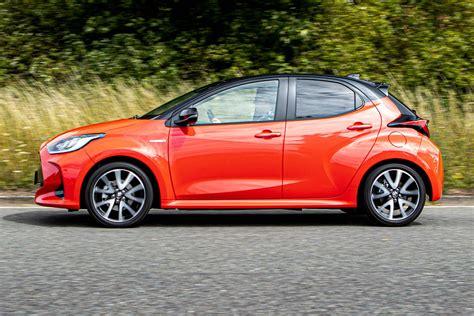 Toyota Yaris Hybrid MPG & CO2 emissions | DrivingElectric