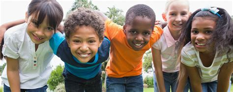 survey siblings of children with epilepsy feel protective 393   istock 68066227 children playing 2500