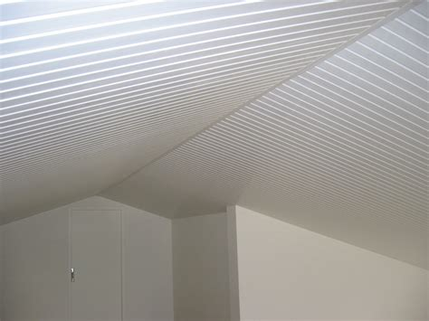 pose d un plafond en lambris pvc d 233 coration solution mid