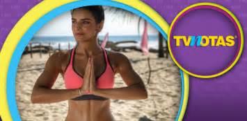 eugenio derbez yoga aislinn derbez cumple fantas 237 as con ajustados yoga pants