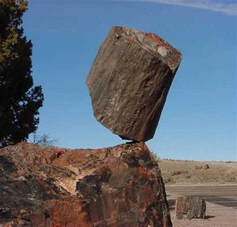 balance rocks rock steady the world s 10 most amazing balanced stones webecoist
