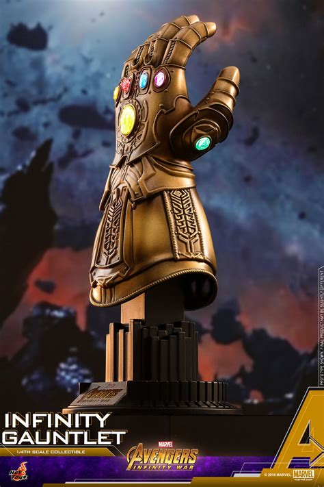 hot toys infinity gauntlet  scale collectible