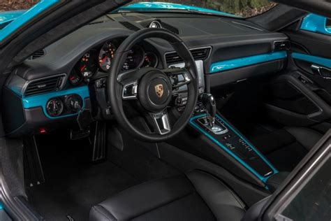 porsche carrera interior 2017 review 2017 porsche 911 carrera ny daily news