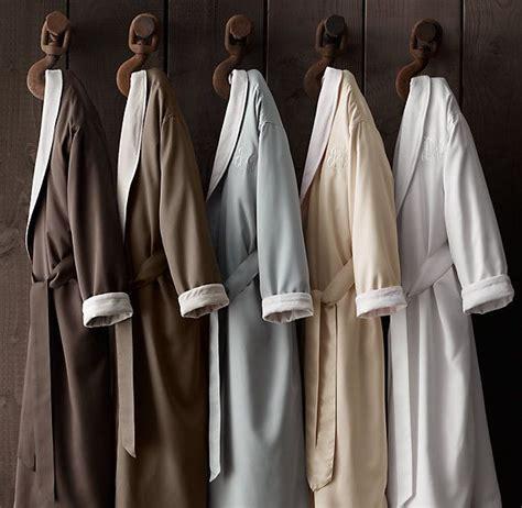 restoration hardware bathrobe signature spa robe gift ideas 1913