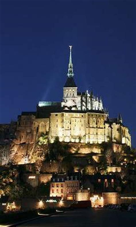 mont michel information and guide