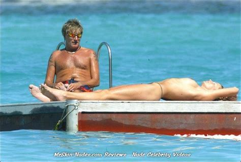 Penny Lancaster nude photos and videos