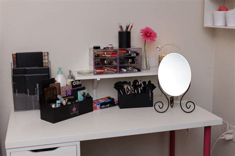 New Makeup Desk/ Makeup Collection Itty Britty#039;s Life