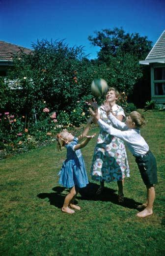 pakeha family  suburbs  families  history te