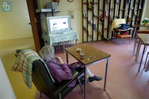 emploi auxiliaire de vie en maison de retraite auxiliaire de vie maison de retraite 28 images edition de di 233 vosges 199 a chauffe dans