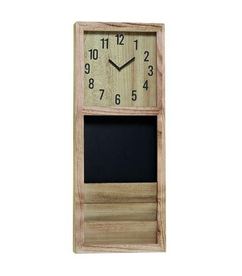 horloges cuisine horloge de cuisine en bois avec tableau et rangement