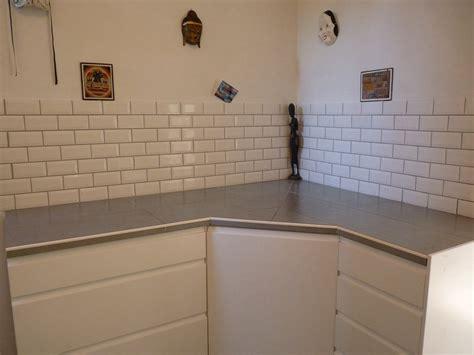 meubles de cuisine mont 233 s puis pos 233 s avec plan de travail carrel 233 et fa 239 ence ld multiservices